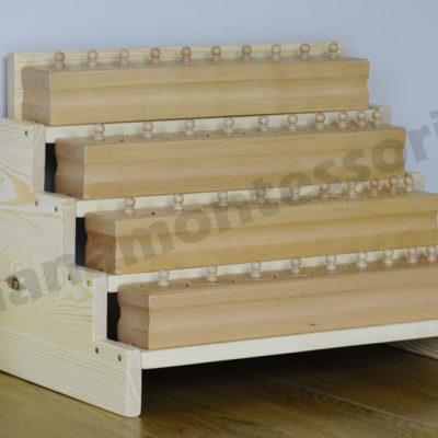 Półka na bloki z cylindrami do osadzania