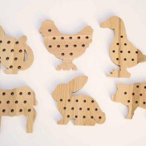 drewniane przewlekanki montessori http://polanamontessori.pl