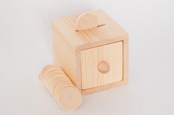 pudełko talarkami montessori https://polanamontessori.pl/