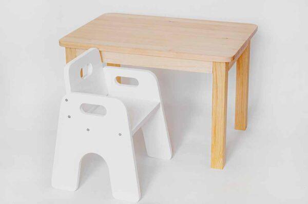 krzesełko i stolik dla dziecka https://polanamontessori.pl/